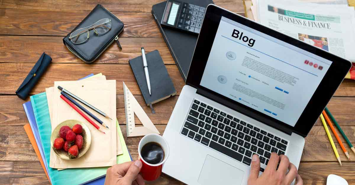 Blogging from the laptop desk